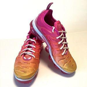 NIKE Air Vapormax Plus Running Shoes Summer Sunset Women's Sz 8 Pink Orange